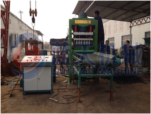 Hydraulic briquette machine